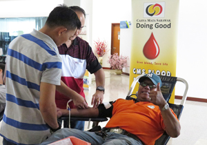 100 Blood Donors